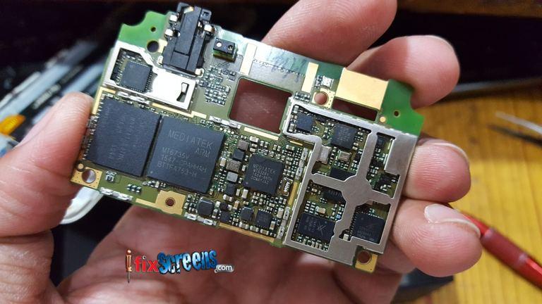 mobile phone repairing store